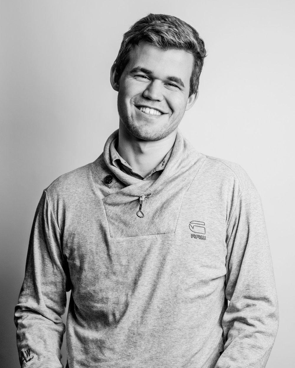 Magnus Carlsen / Play Magnus Carlsen