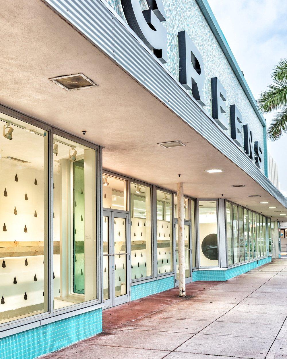 DRIFTING LINES installation. Miami Beach, Florida