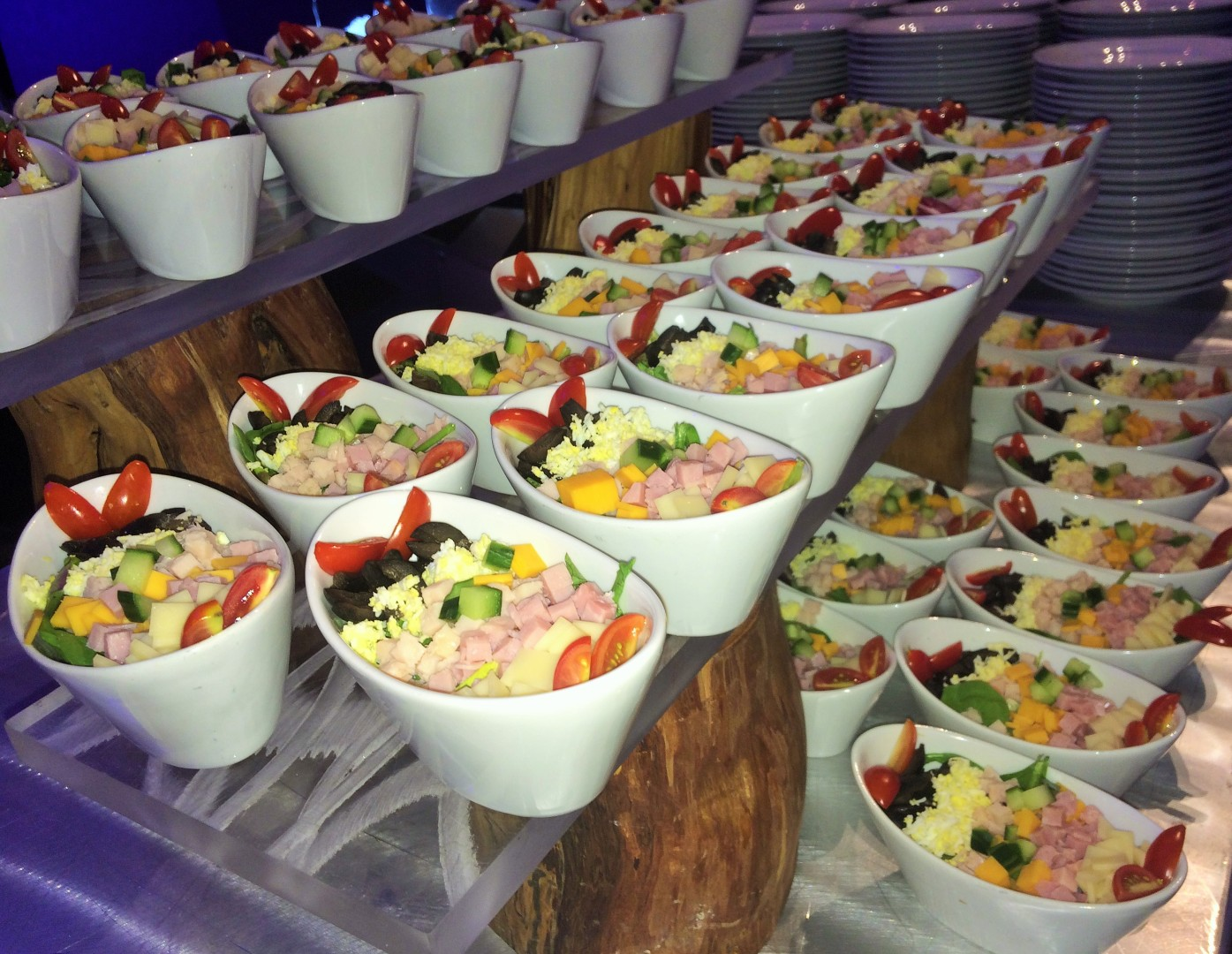 Chef salad bowls