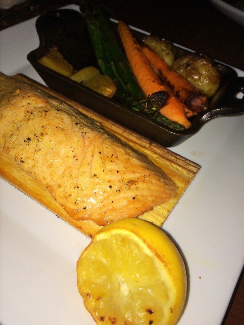 The cedar-plan roasted salmon, at 470 calories, was a delicious and generous hunk of fish served with roasted vegetables, crushed roasted potatoes, dill-mustard sauce, and grilled lemon. It was tough to cut the vegetables in that pan, though.