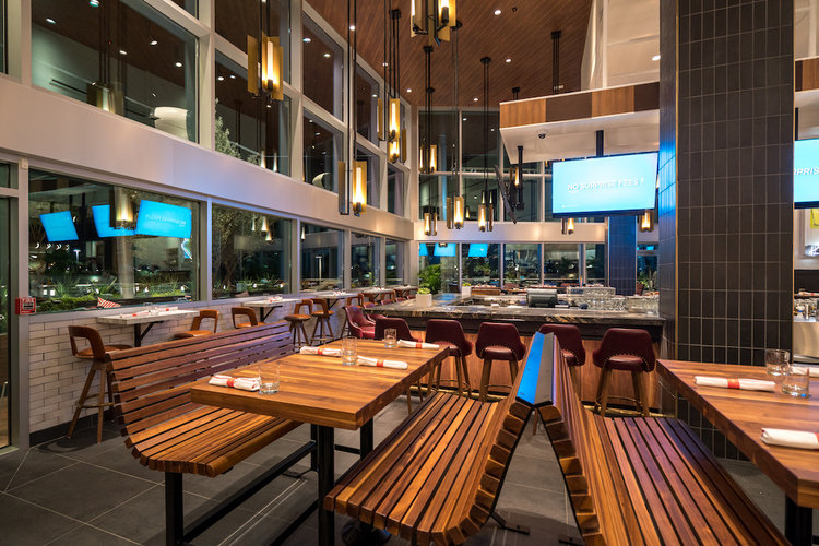 Earls Kitchen + Bar Open at the Mall at Millenia — Rona.