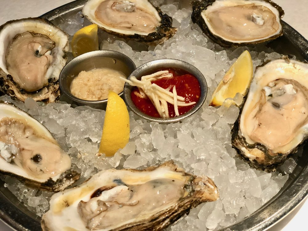 Half a dozen oysters, available raw or steamed