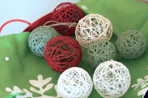 easy DIY string ball ornaments