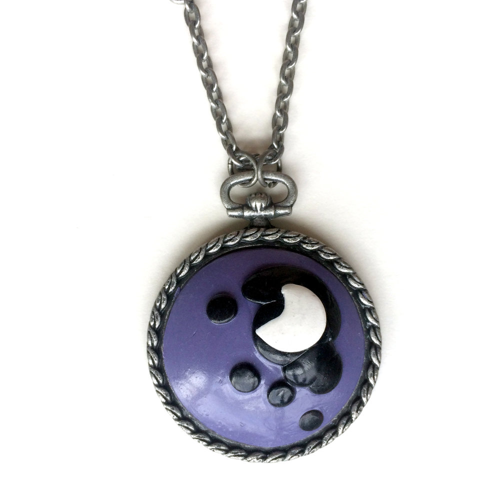 Princess Luna Cameo Necklace, Detail