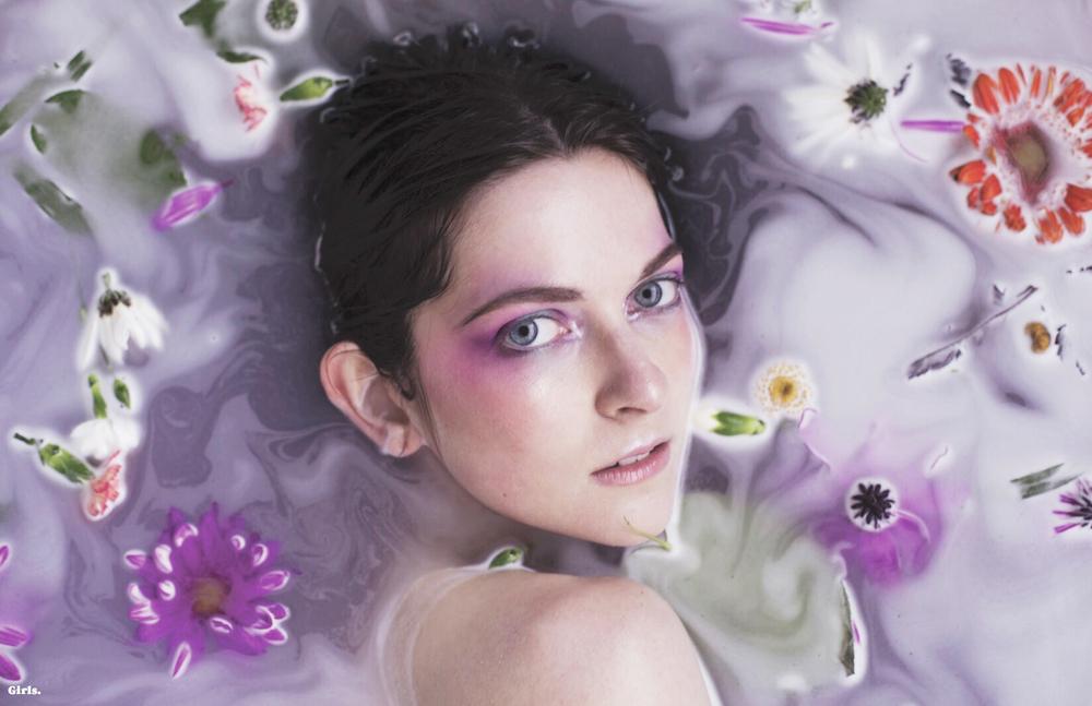 6---Cara-Harman---Ophelia-in-dreams.jpg