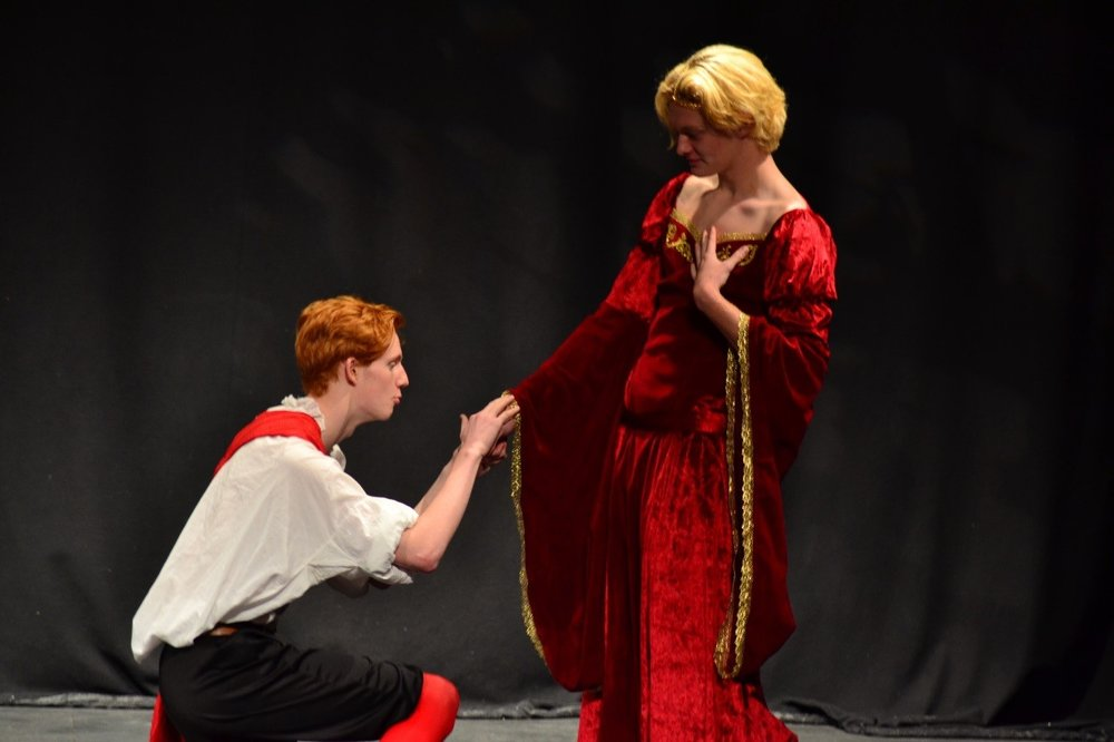 Unrelenting Romeo, played by Tom Dean (L6), charming gracious Juliette, Rhys Phillips (U6)