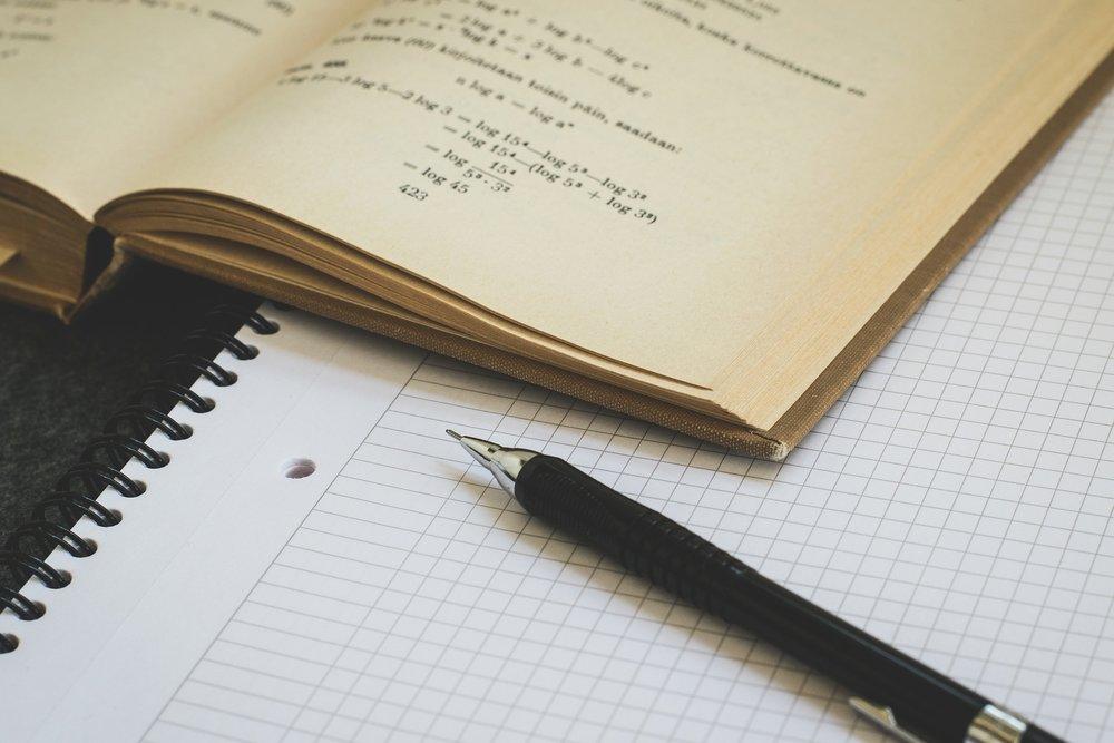 mathematics-1622448_1920.jpg