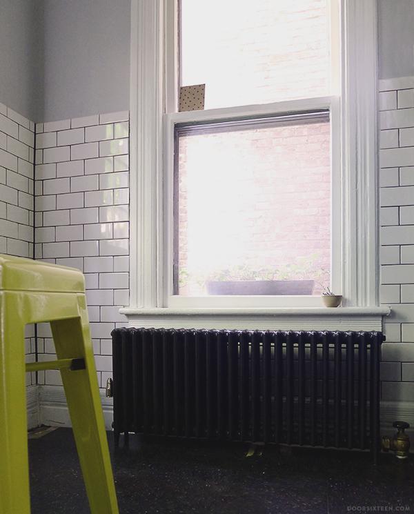 doorsixteen_kitchentile_radiator