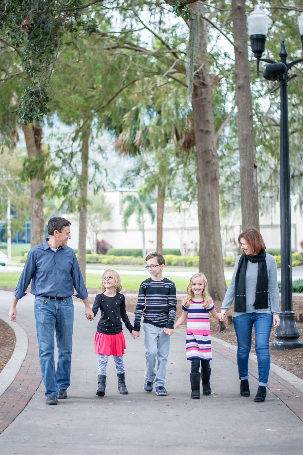 lake-eola-family-session-11.jpg