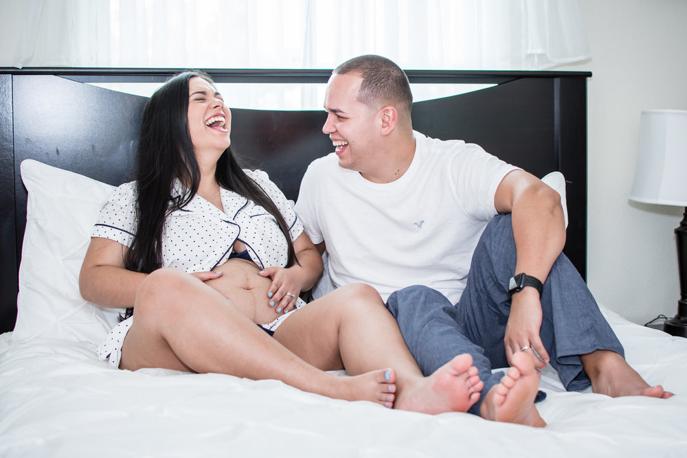 in-home lifestyle maternity session in North Carolina by Yanitza Ninett Photography