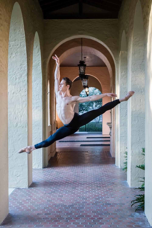 ballet-dancers-adam-boreland-izzy-mendez-portraits-rollins-college-orlando-ballet-orlando-photographer-yanitza-ninett-42.jpg