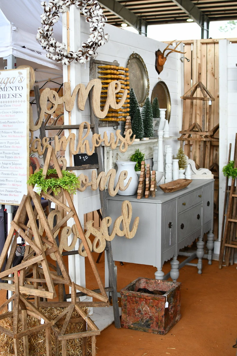 vintage wood farmhouse signs Yanitza Ninett photography