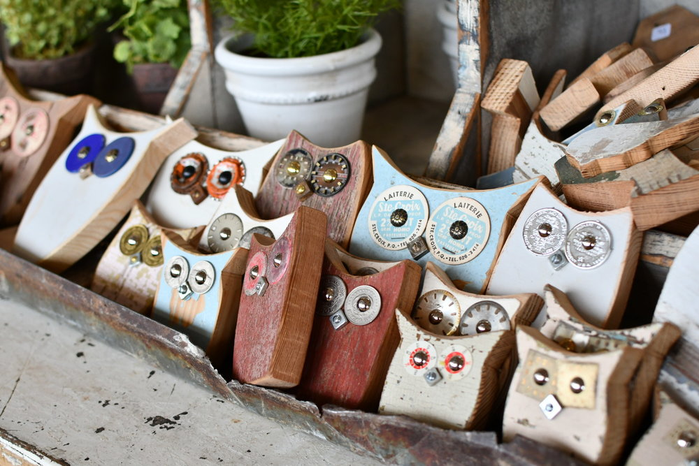 vintage inspired handmade wooden Owls Yanitza Ninett photography