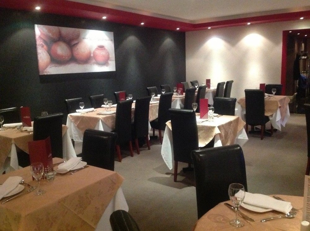 Bromley, London BR2  £520 per week  Floor area: 1,500 sq. ft  RESTAURANT/CAFE