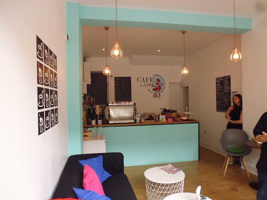 Earls Field, London SW18  £416 per week  Floor area: 750 sq ft  RETAIL