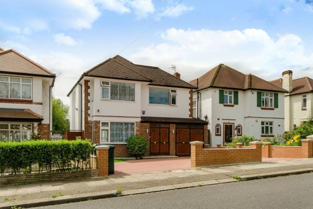 Greenway, London N20  £1,395,000  4 bedrooms 2 receptions 3 bathrooms
