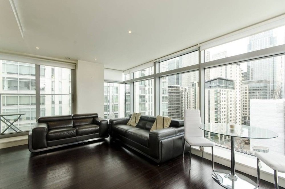 Canary Wharf, London E14  £577 PER WEEK  1 RECEPTION 2 BEDROOMS 2 BATHROOMS