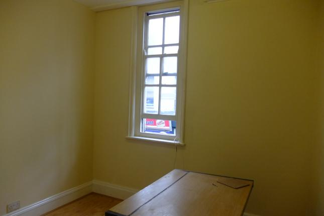 Brick Lane, London E1  £254 per week  Floor area: 500 sq ft  OFFICE