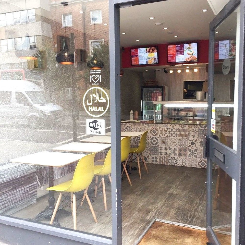 Holloway Road, London N7  £289 per week  Floor area: 600 sq ft  RESTAURANT/CAFE