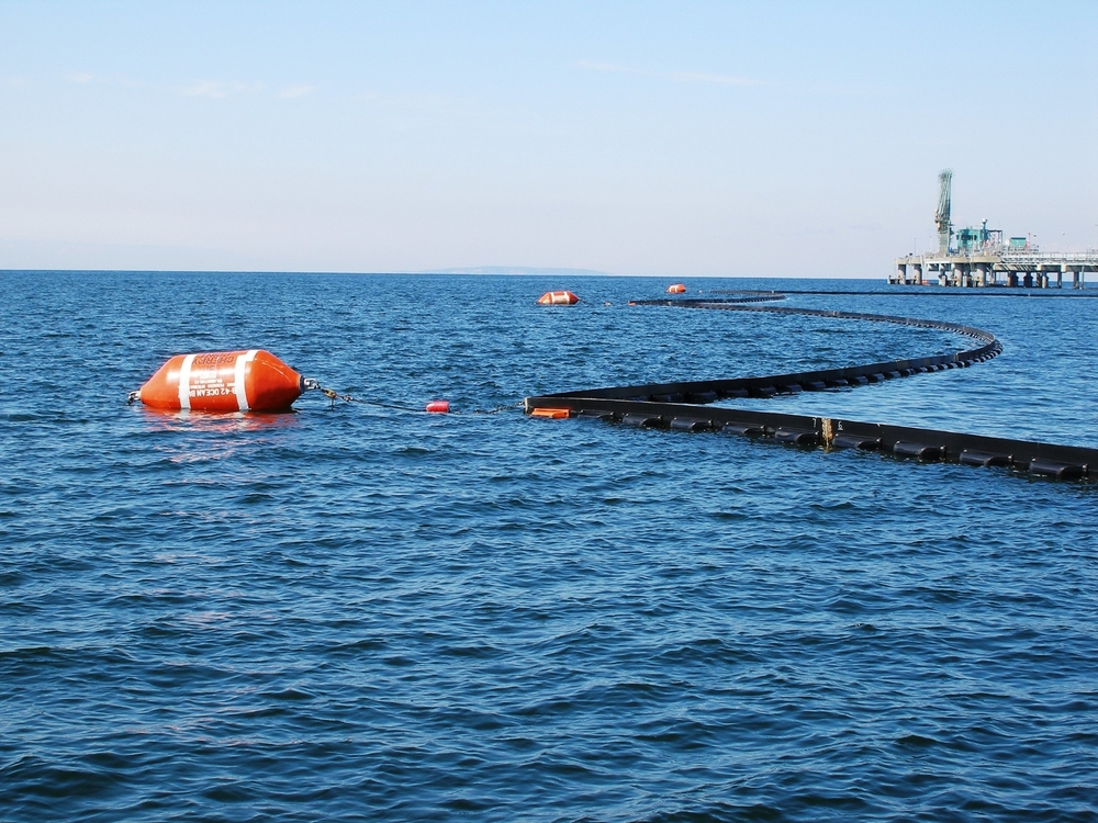 Deployable Boom and Buoys2.JPG