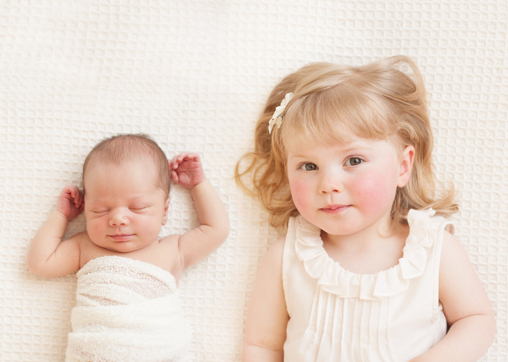 sibling and newborn portrait photography