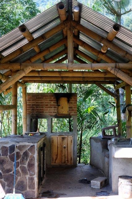 Bamboo Construction Atitlan Organics