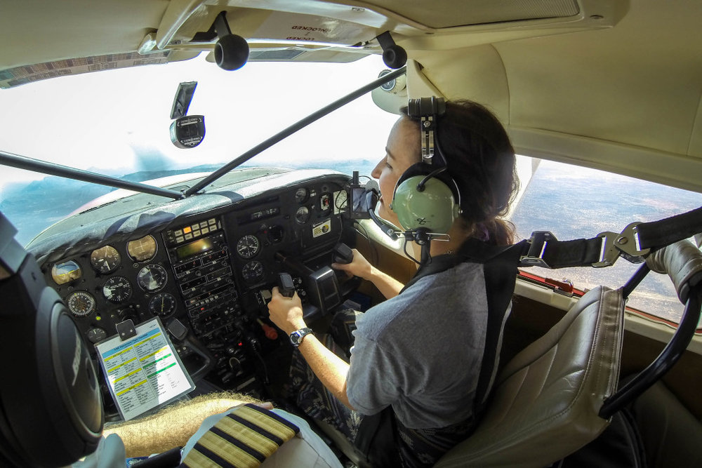 flying-1024x683.jpg
