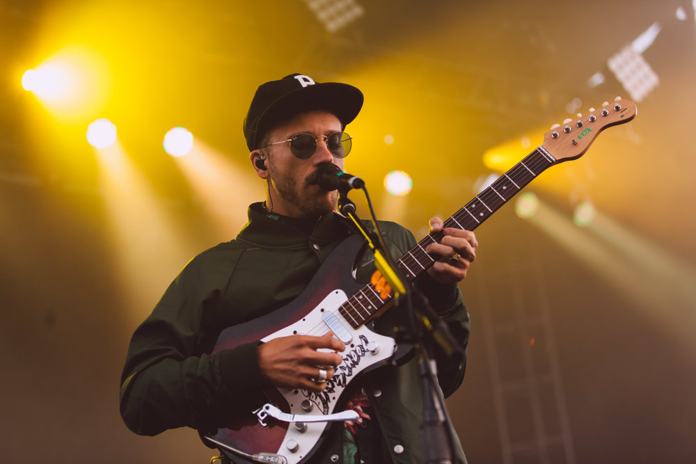 Portugal-The-Man-John-Gourley-3.jpg