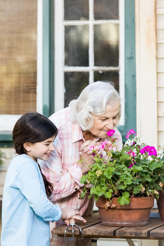 EL_1_DUALHOME_14_Gardening_120.jpg