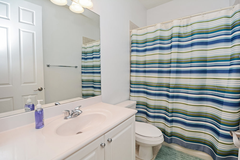 10451_sw_54th_st_MLS_HID1069941_ROOMbathroom.jpg