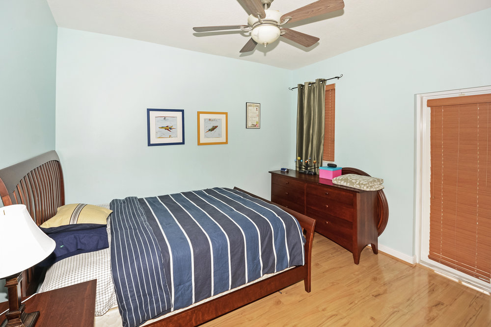 10451_sw_54th_st_MLS_HID1069941_ROOMbedroom3.jpg