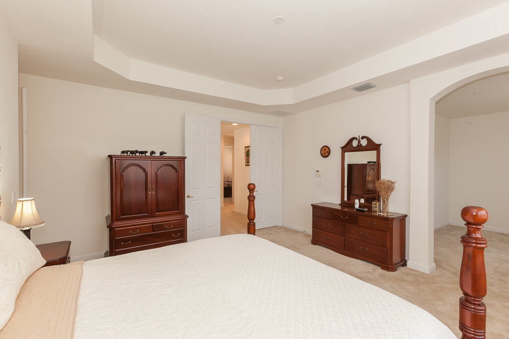 10411_southwest_54th_street_MLS_HID1100664_ROOMmasterbedroom1.jpg
