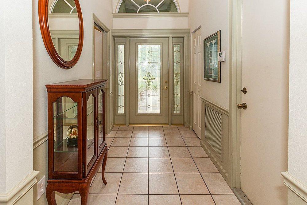 entryway_1200.jpg