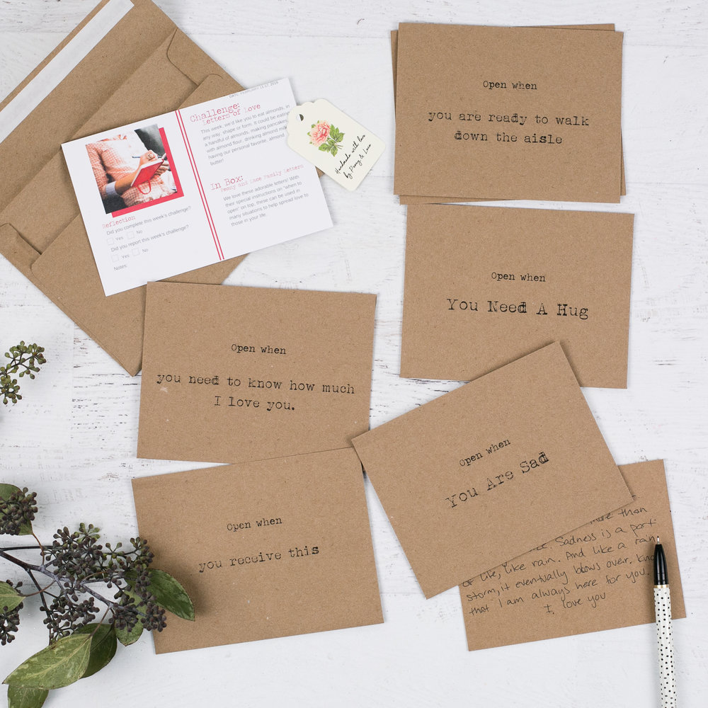 the 5 envelopes and notecard set from Peony and Laces