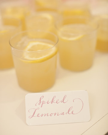 marthastewartweddings-paperfinger-spikedlemonade