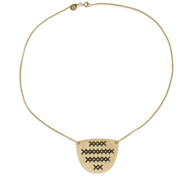 moma-necklace