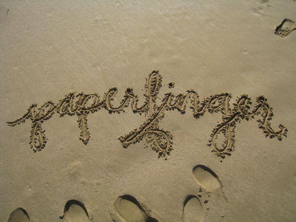 paperfinger-sand