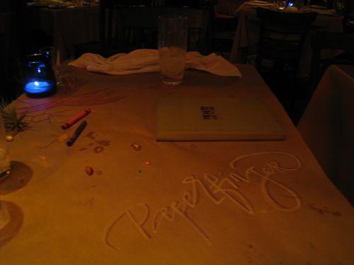 dinnertable-paperfinger