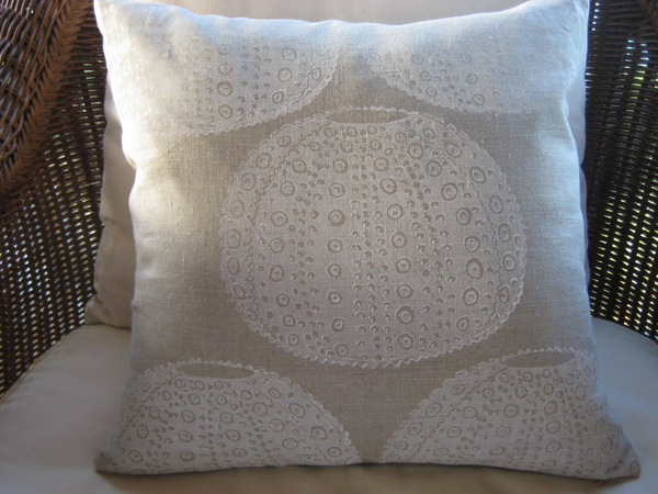 isola-bella-paperfinger-giveaway-urchin-pillow