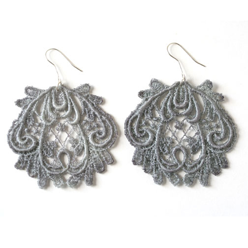 lace-earrings