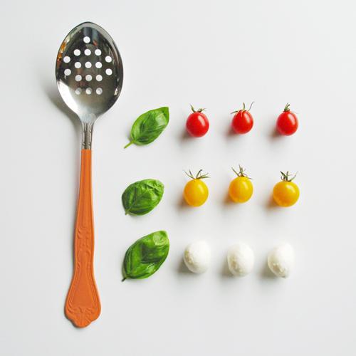 salad sltspoon orng sq2