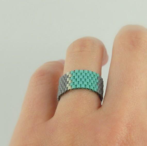 beadwovenring-turquoise