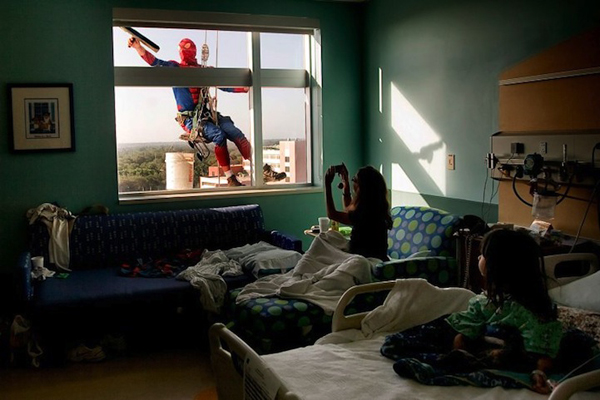 SpidermanWindowWashers1