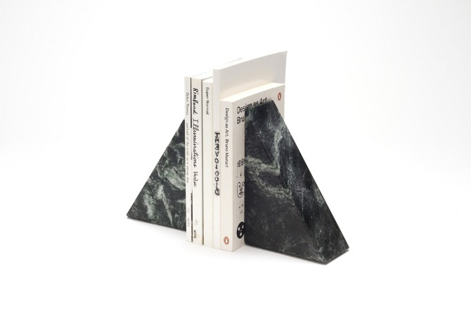 de field bookends function