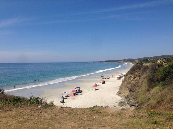 paperfinger-bucerias-beach