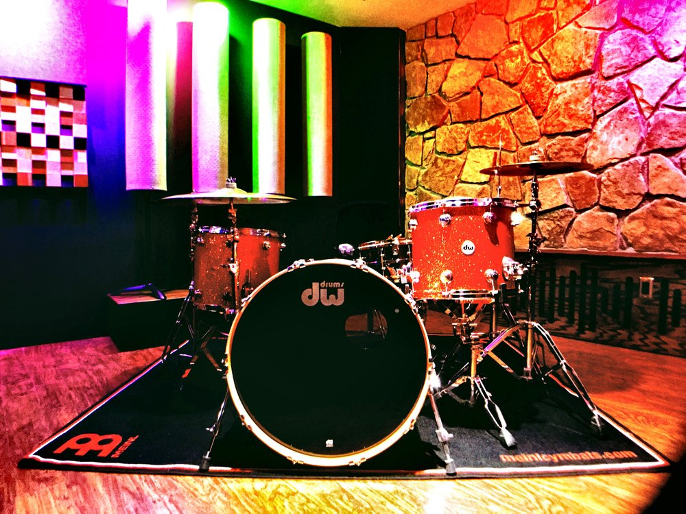 The Live Room showing a DV Collectors Kit