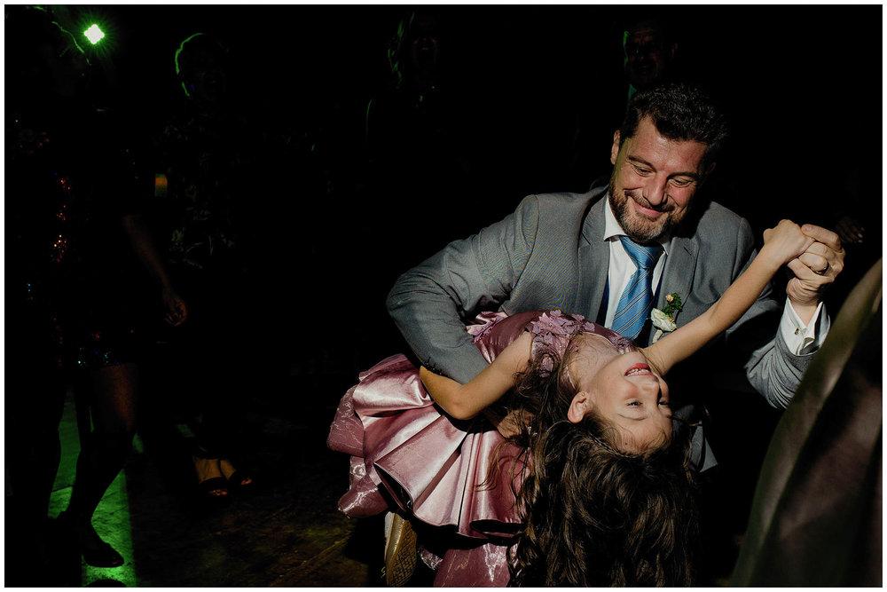 Baile de novio y su hija