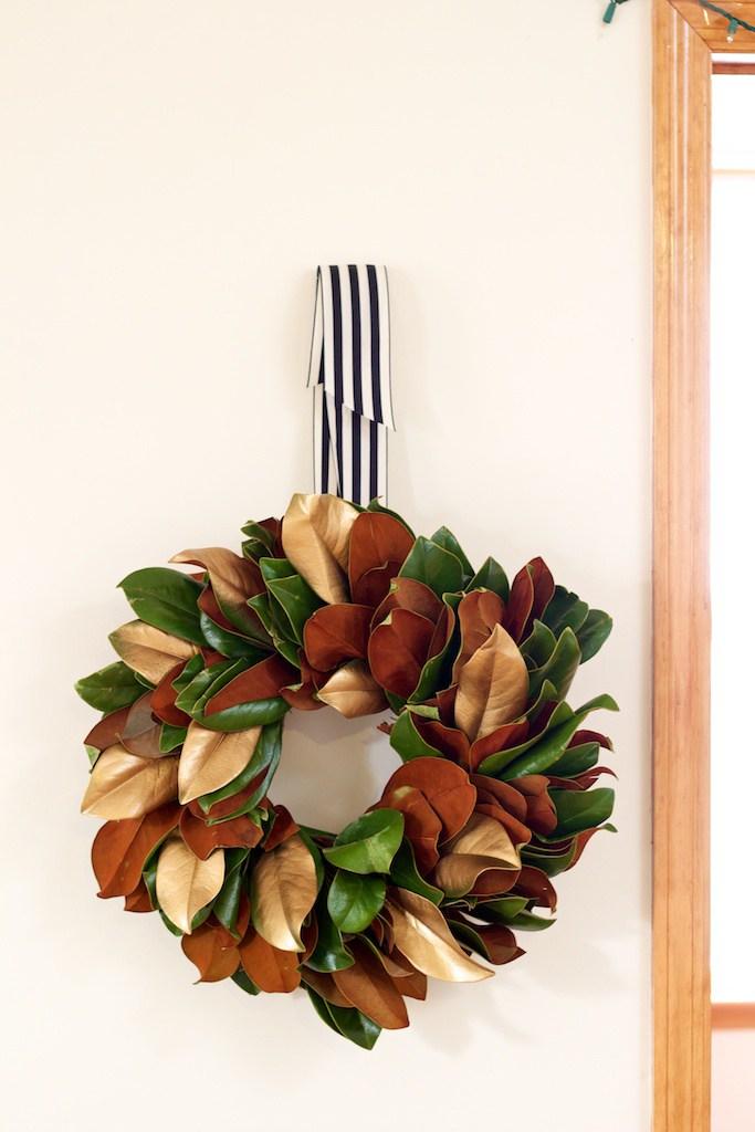 DIY-magnolia-leaf-wreath1.jpg