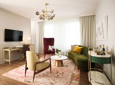 What a suite at a West Elm hotel might look like, according to the company     Photo: West Elm