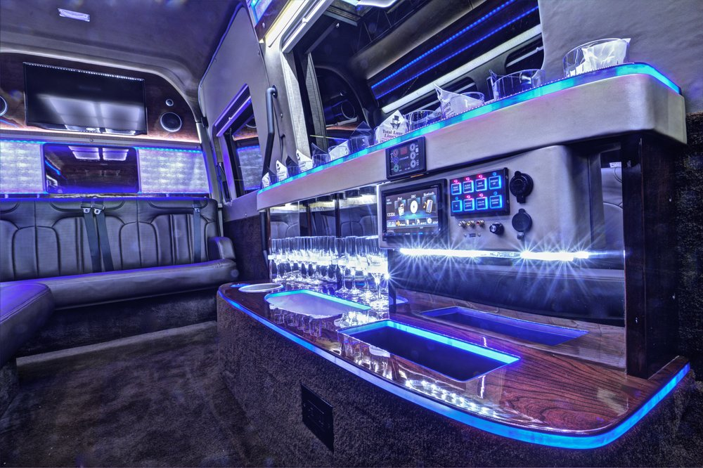 Sprinter Limo interior.jpg